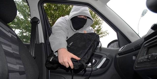 Поради рівненським водіям, як уникнути крадіжок із авто