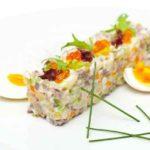 Топ-5 унікальних варіантів салату «Олів'є» до новорічного столу