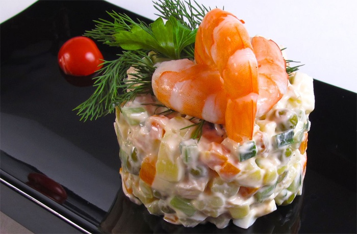 salat-olvye-klasichn-ta-smachn-pokrokov-recepti-prigotuvannya-z-foto_757
