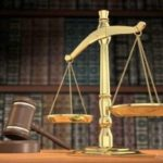 На Рівненщині працівника реєстраційної служби оштрафовано, позбавлено права обіймати певні посади та рангу державного службовця