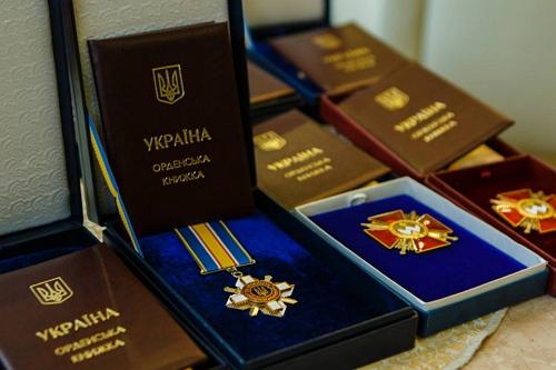 З нагоди Дня Соборності Президент відзначив мешканців Рівненщини