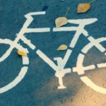 У Рівненському районі велосипед школяра потрапив під колеса автівки
