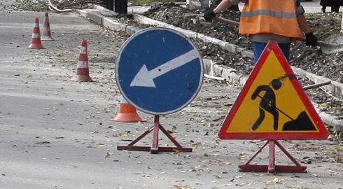 У Повчі триває будівництво сучасної лікарської амбулаторії та завершується ремонт дороги