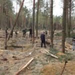 Півтори години товариші лопатами відкопували старателя з землі, чоловіка врятувати не вдалося.