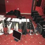 У Рівному поліцейські вилучили понад півтори сотні одиниць комп'ютерної техніки