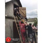 Жінка втратила свідомість на горищі. Знадобилась допомога рятувальників.