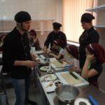 Для рівненських дітей провели майстер-клас із приготування суші