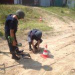 На території гаражного кооперативу знайшли боєприпас