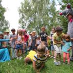 Свято в мікрорайоні «Ювілейний» вдалося: безліч розваг для дітей та чудовий концерт