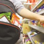 У Рівному неповнолітні дівчата з'їли неоплачені продукти харчування та намагались поцупити товар з маркету
