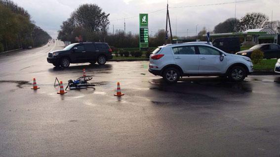 У Рівному в ДТП травмувався велосипедист