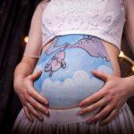 Сьогодні у Рівному відкриють фотовиставку вагітних