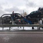 ДТП у Білій Криниці за участі вантажівок