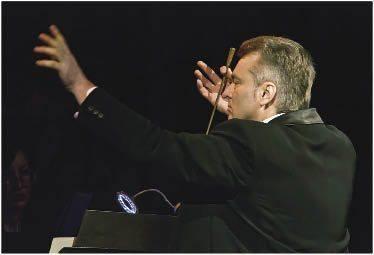 Головний диригент Рівненського облмуздрамтеатру – Народний артист України