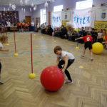 У Рівному учасниця Олімпійських ігор влаштувала дітям спортивну естафету