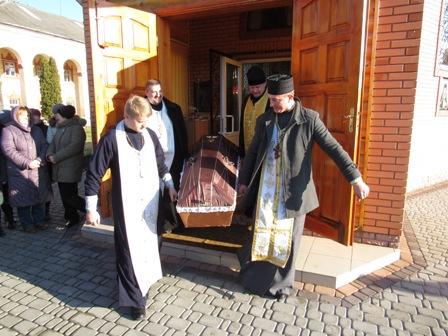 На Дубенщині перепоховали рештки черниць-кармеліток