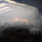На Рівненщині згорів склад зберігання грубих кормів