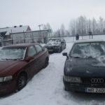 Рівненські митники не дозволили ввезти в Україну три автомобілі по підроблених документах