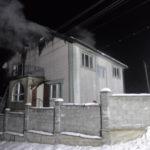 У Рівному вогнеборці врятували від знищення вогнем триповерховий житловий будинок