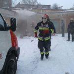 У Рівному рятувальники ліквідували пожежу в автогаражі