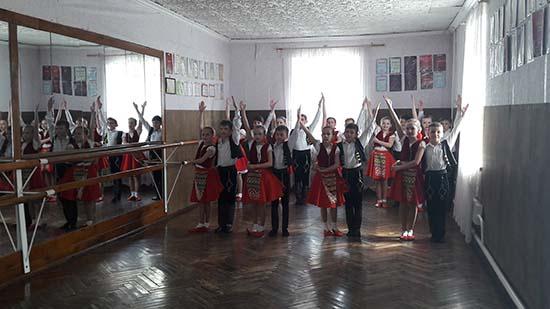 Мирогощанська громада підтримує та розвиває позашкільну освіту, як осередок формування творчого потенціалу дітей