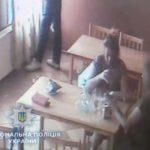 Поліцейські встановлюють особу померлої у Рівному жінки