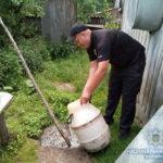 У жителів Рівненщини поліцейські виявили майже 1,5 тисячі літрів самогону та понад три — закваски