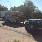 У Рівному ДТП: зіткнулись автомобіль і маршрутка