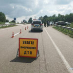 Поліцейські встановлюють обставини ДТП на автодорозі Київ-Чоп у Корецькому районі