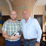 Петро Нагорний отримав цінний подарунок обласної ради