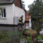 У Сарнах злива підтопила будинки