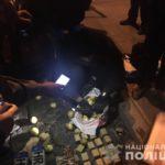 У Рівному поліцейські зупинили авто з арсеналом боєприпасів