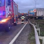 Дві вантажівки потрапили у ДТП та перекрили дорогу