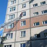Одинока жінка опинилася у квартирній пастці