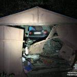 У Рівному водійка у стані алкогольного сп'яніння в'їхала в гараж