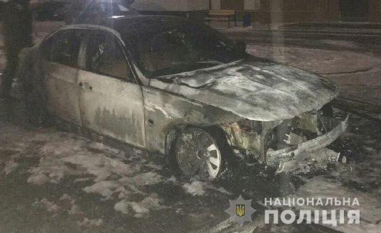 """У Рівному згоріла автівка засновника бійцівського клубу """"Праджат"""""""