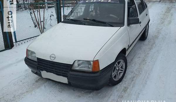 Поліцейські затримали молодиків за угон автомобіля у Костополі