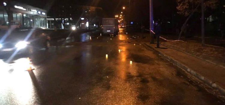 Поліцейські шукають свідків ДТП на вулиці Степана Бандери у Рівному