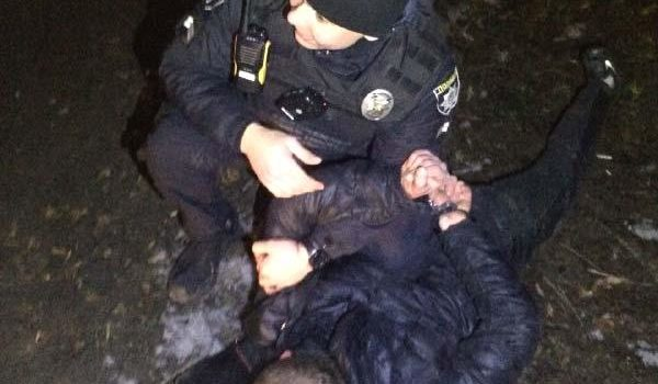Під час масової бійки у Рівному, молодик вдарив патрульного