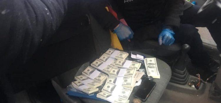 Оперативники Департаменту стратегічних розслідувань затримали злочинну групу рейдерів-вимагачів