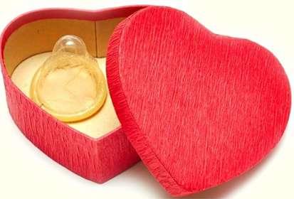У розважальних закладах Рівного безкоштовно роздаватимуть презервативи та тестуватимуть на ВІЛ
