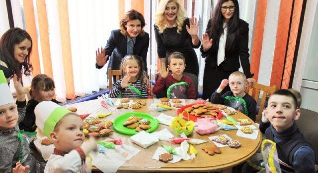 У Сарнах діти провели для Марини Порошенко кулінарний майстер-клас
