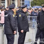 У Рівному під час візиту Президента студент кинув яйце у натовп