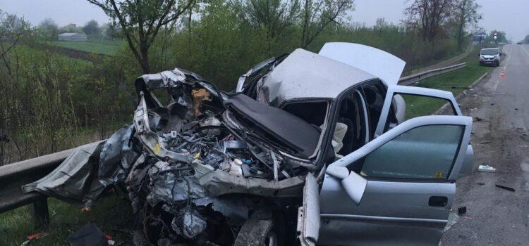 У лікарні помер 18-річний пасажир автомобіля, який потрапив у ДТП