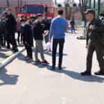 Як пережити теракт  розповіли дев'ятикласникам рівненські нацгвардійці