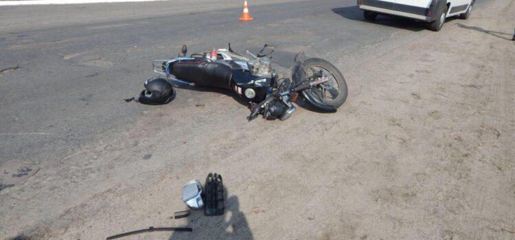 На Рівненщині в ДТП постраждали мотоцикліст та мопедистка