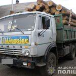 На Рівненщині поліцейські вилучили у жителів Рокитнівщини 15 кубів незаконної деревини