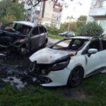 На Рівненщині згоріли дві автівки