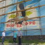 На фасаді Костопільської школи з'явився сучасний мурал