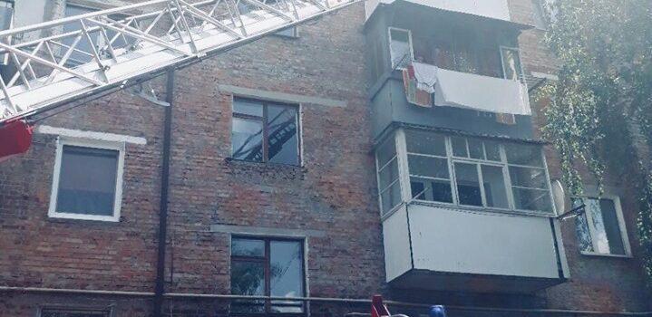 Сарненські рятувальники надавали допомогу по відкриванню дверей квартири у якій знаходилася дитина
